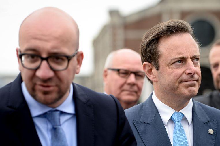 Premier Michel en N-VA-voorzitter Bart De Wever. Beeld BELGA