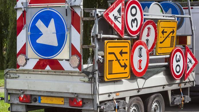 De Larserweg van Harderwijk naar Lelystad wordt geasfalteerd.