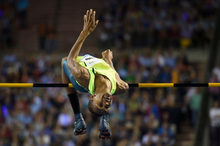 Mutaz Essa Barshim tijdens de Memorial in Brussel. Hij is een van de beste 'geïmporteerde' sporters van Qatar. Beeld Photo News