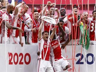Ajax laat kampioensschaal omsmelten: 42.000 fans krijgen een stukje