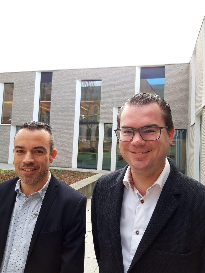Frederic Hesters en burgemeester Simon Lagrange.