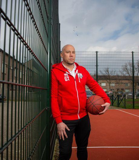 Gregory Tjin-A-Koeng: van Nijmeegs straatschoffie tot basketbalcoach in de eredivisie