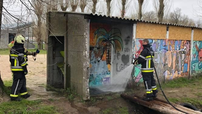 Brand in berghok bij speelplein wellicht werk van spelende kinderen