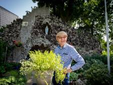 Eduard knapt al jaren de Mariagrot op, nu zoekt hij een offerblok met slot