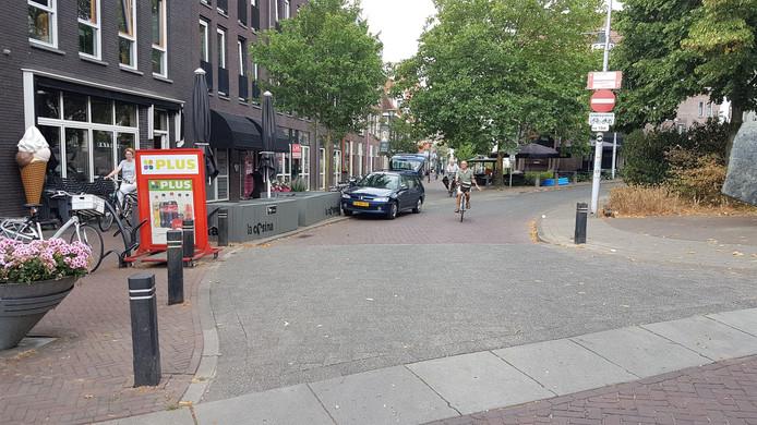 De Dorpsstraat in Renkum was in de nacht van vrijdag op zaterdag het toneel van een opstootje.