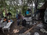 Welkom in het 'bosje van schaamte': hier proberen dakloze arbeidsmigranten te overleven