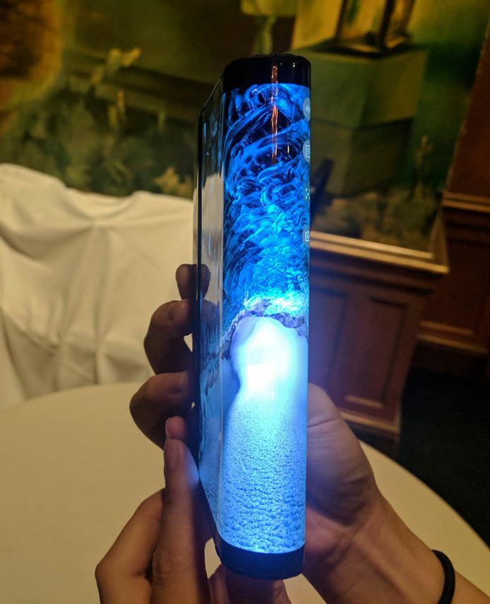 Het prototype van de opvouwbare smartphone van Samsung.