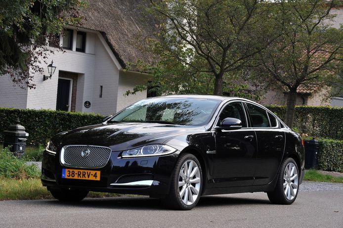 Automedia Jaguar XF