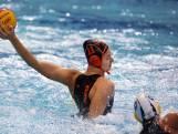 Waterpolosters leunen op talentvolle topschutter: 'Ik vind het supervet hier'