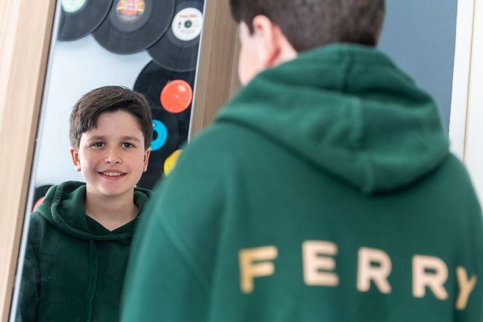 Mika de Wild uit Oosterhout speelt de jonge Ferry Bouman in Undercover-spin-off Ferry op Netflix.