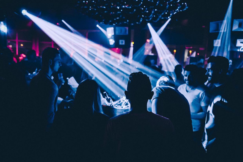Een beeld uit de Antwerpse club Lima op het Eilandje. Binnenkort krijgt de rust van de buurtbewoners voorrang op de nachtelijke beats.