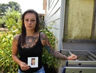 """ZWART PUNT. Haar partner liet er het leven en Bente (32) lag een week in coma na ongeval op de Rijksweg: """"De weg was slecht hersteld, ik ben stom geweest om geen klacht in te dienen"""""""