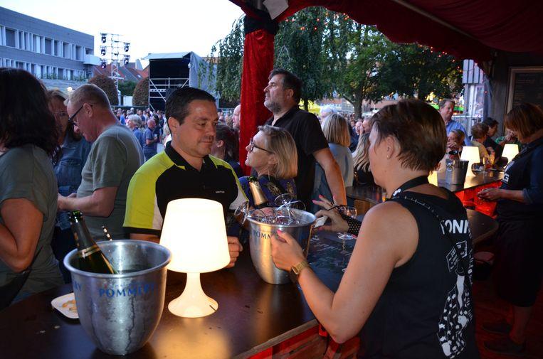 Ook de champagnebar van de Fonnefeesten draaide dit weekend op volle toeren.