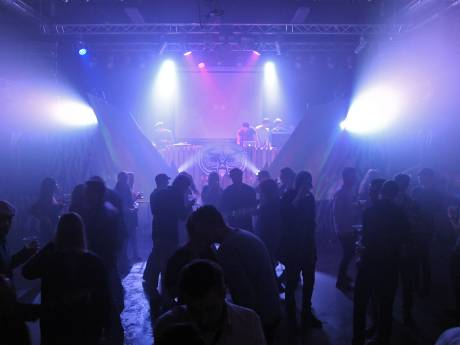 Jongerencentrum De PIT wordt volwassen podium