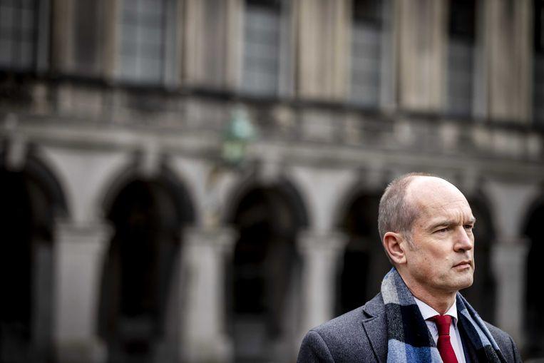 Gert-Jan Segers staat de pers te woord na afloop van een gesprek met informateur Herman Tjeenk Willink. Beeld ANP