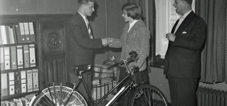 Snelheidsduivels Bevrijdingsrally Oost-Brabant kregen in 1957 een fiets