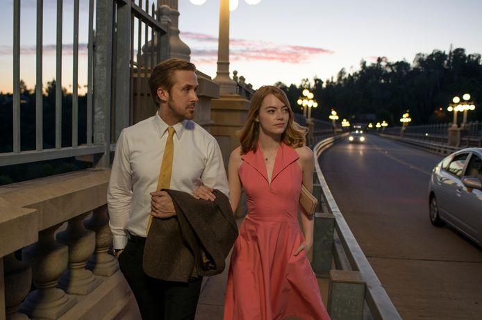 Ryan Gosling (Sebastian) en Emma Stone (Mia).
