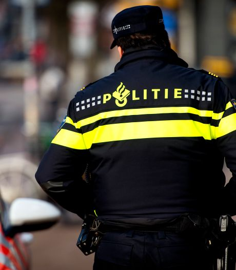Tientallen kilo's witte heroïne gevonden in auto in Amsterdam