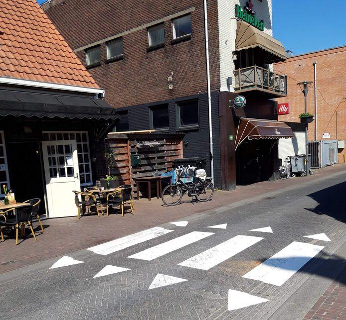 Het illegale zebrapad in Veenendaal.