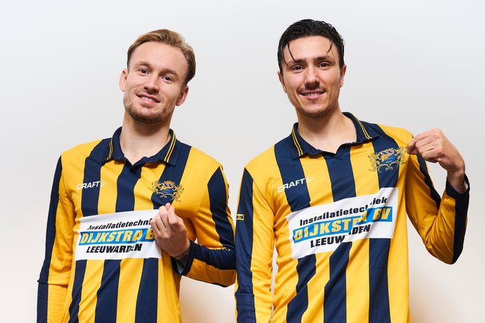 Mark Diemers (l) en Steven Berhuis in het shirt van hun eerste amateurclub.