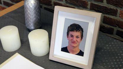 """Ouders Robbe Nuyts (19) overmand door verdriet: """"Rij voorzichtig, sms'te ik nog"""""""