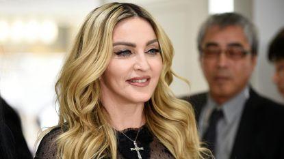 "Madonna woest over biografische film: ""Maker is charlatan"""