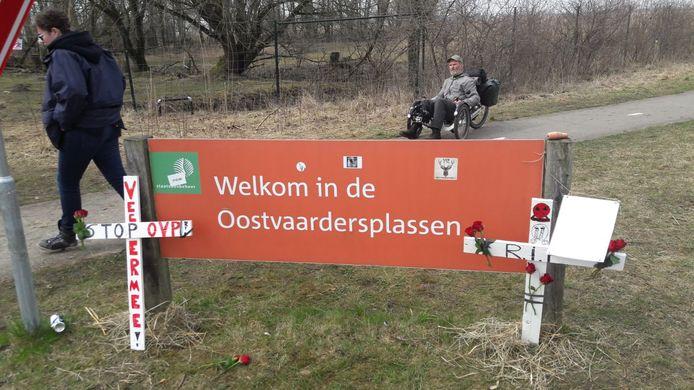 Er werd zondagmiddag weer gedemonstreerd bij de Oostvaardersplassen.