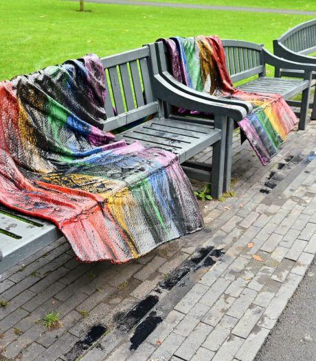 Regenboogvlaggen terug naar het Valkenberg na bekladding, BO Diversity stelt 'bankwacht' in