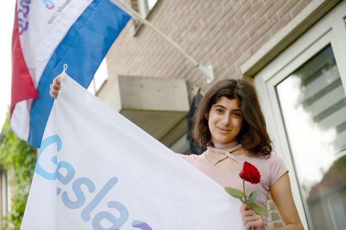 Idilay Kamaz is summa cum laude geslaagd voor haar gymnasium-examen aan het Bonhoeffer College.