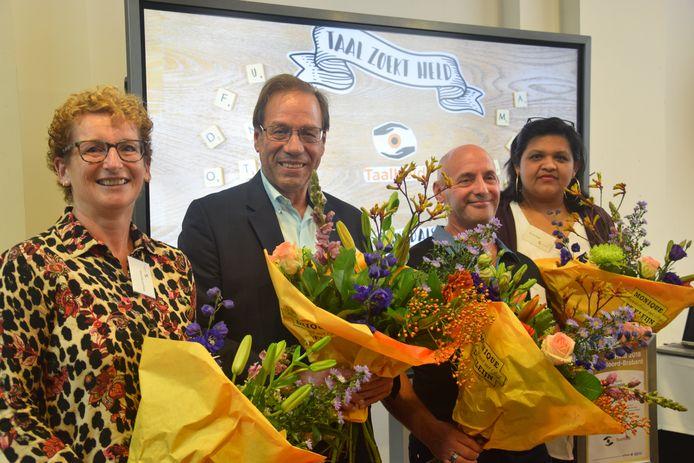 Margriet Swinkels en de andere taalhelden: Gerard Suijkerbuijk, Wim Sabel en Shirley Binda.