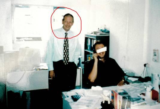 Links op de foto Gerrie Ulrich. De zeilboot waarop Manuel zou zijn gezien, stond destijds op naam van Ulrich, een Duitse pedofiel die in Zandvoort woonde.