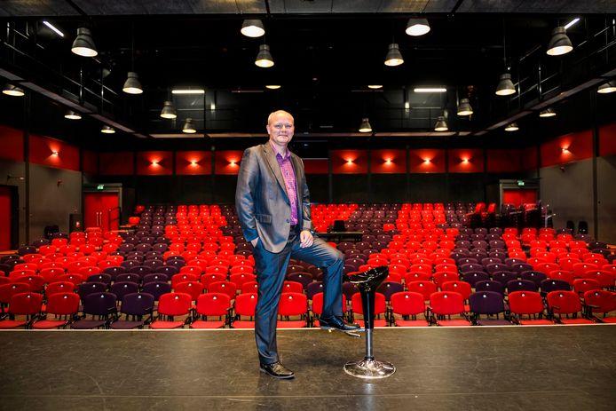 Directeur Erik Groeneweg van Theater De Willem.