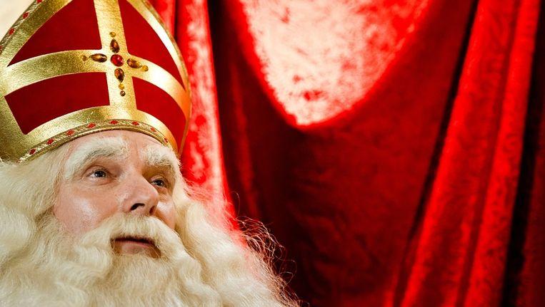 Sinterklaas tijdens de persconferentie na zijn aankomst in Dordrecht. Beeld anp