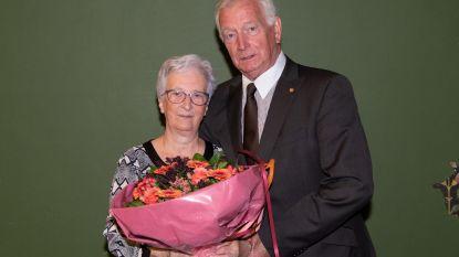 Gouden gelukwensen voor Emma en Karel