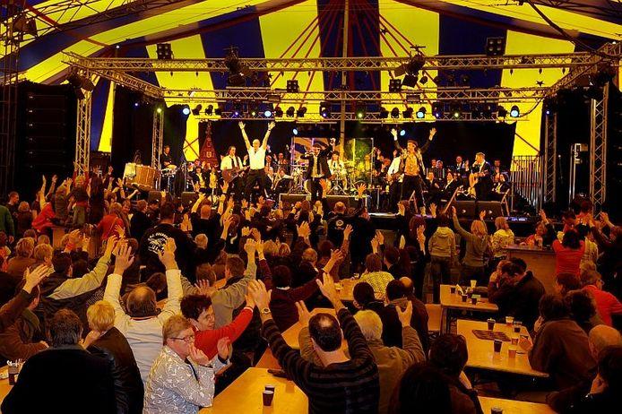 De Band Zonder Banaan geeft op zondagaochtend samen met de Udenhoutse harmonie Cecilia een daverend koffieconcert. Foto Joris Buijs/PVE