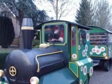 Per trein kerststallen kijken in Liempde