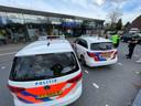 De politie doet onderzoek bij de supermarkt Aldi in Eindhoven.
