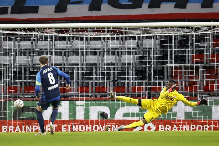 Teun Koopmeiners scoort de 0-1 uit een strafschop. Beeld ANP