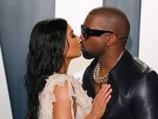 Kim Kardashian moquée pour avoir écouté l'album de Kanye West... le son coupé