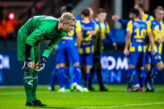 Teleurstelling bij NEC-keeper Marco van Duin na de 0-1 van TOP Oss.