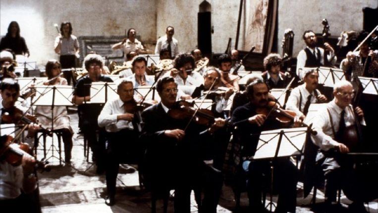 Een beeld uit Prova d'Orchestra', de controversiële film van Federico Fellini uit 1978. Beeld kos
