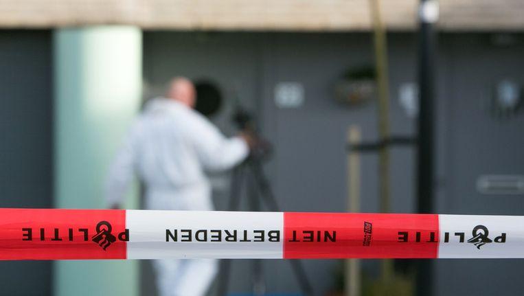 Politie doet onderzoek bij de woning in de Amersfoortse wijk Nieuwland Beeld ANP