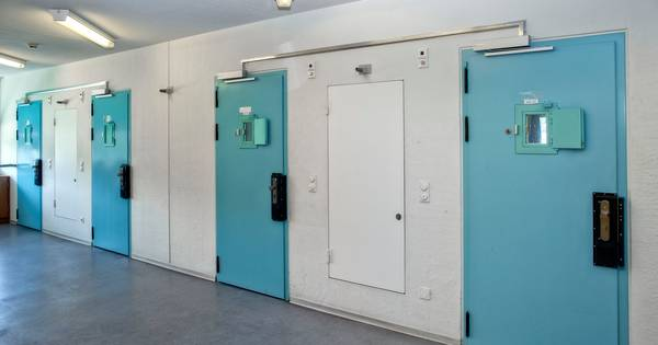 Gevangenen almaar agressiever; personeel in Vught vangt vaker klappen of wordt uitgescholden