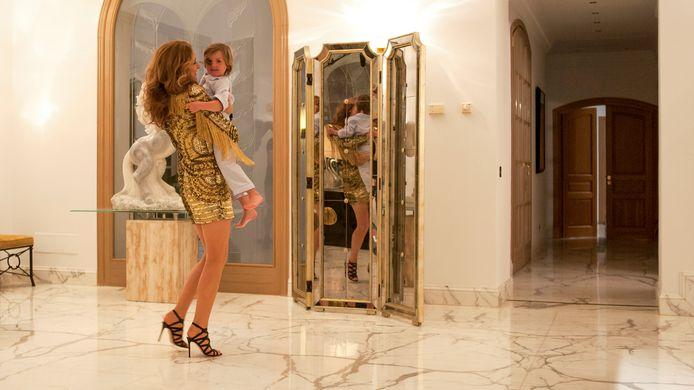 Parmi les scènes les plus drôles, celle où Aline Dieu se perd dans sa grande maison de Las Vegas.
