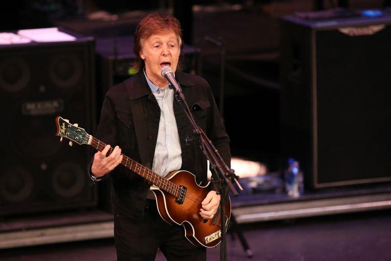 Paul McCartney brengt in september een nieuw album uit, zijn zeventiende als soloartiest. De plaat kreeg de naam Egypt Station en is vernoemd naar een kunstwerk dat hij in 1988 maakte.  Beeld EPA