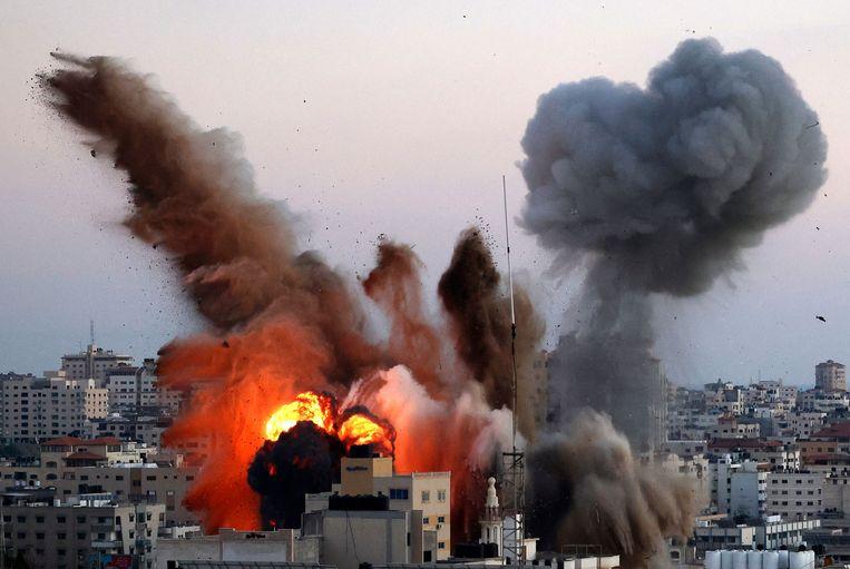 Een Israëlische luchtaanval op Gaza-stad. Beeld AFP
