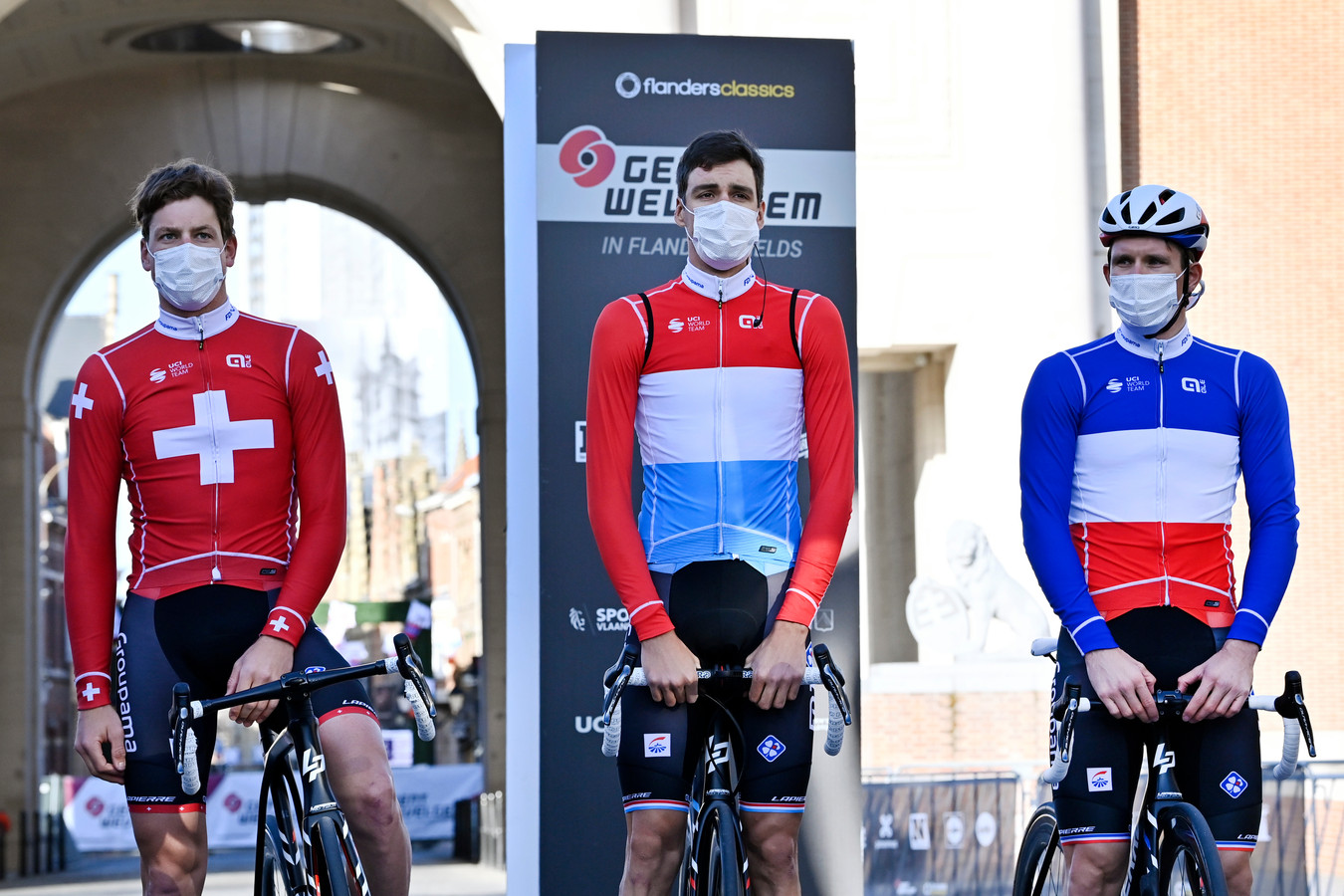 Stefan Kung , Kevin Geniets en Arnaud Demare van Groupama-FDJ.