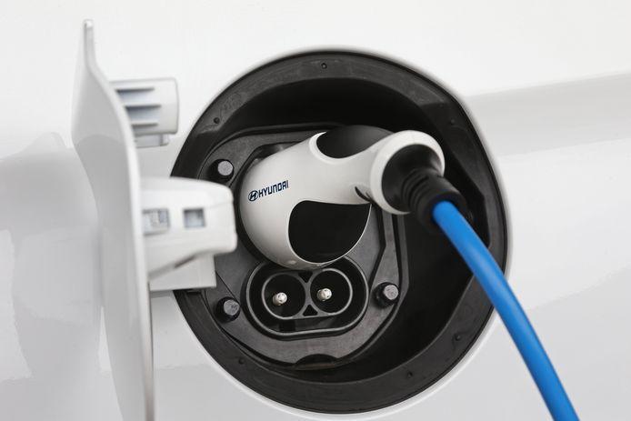 Snelladen kan de Ioniq met maximaal 100 kW