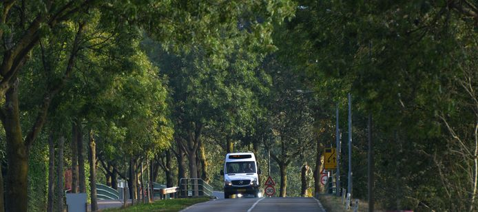 De buurtbus onderweg van Geldermalsen naar Leerdam.