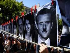 """Des milliers de personnes dans les rues en France contre la """"dictature sanitaire"""""""